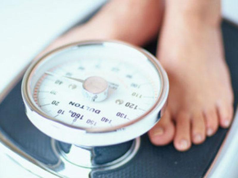 Contar la norma de las calorías al adelgazamiento